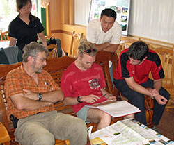 Brain storming and sampling site selection in Narati in 2006 (Ding Li, Patrick Giraudoux, David Pleydell, Qi XinWei, Christopher Marston)