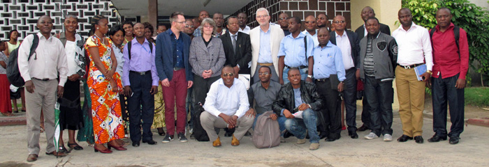 "The Congolese-French staff of the Master ECOM-ALGER with the students, in front of the Public Health School where the ""Great witness days"" were hold"